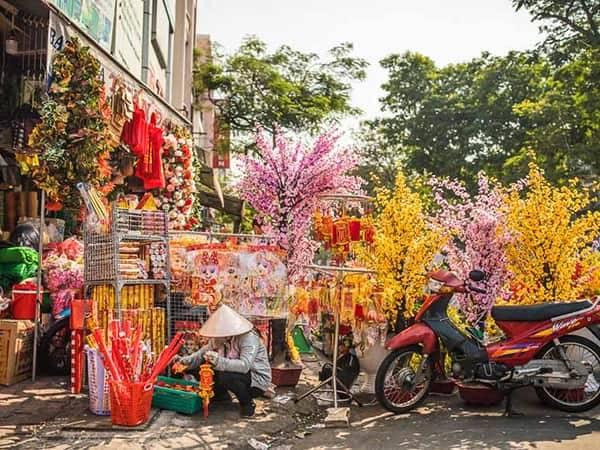 цветы на рынке во Вьетнаме